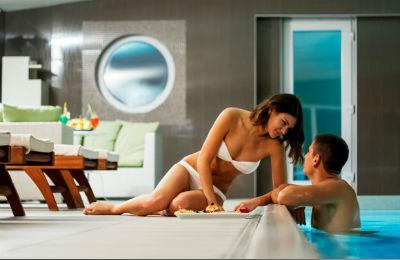 Mesec ljubavi u hotelu Solaris