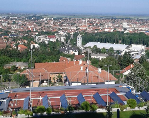 Pogled sa terase hotela Villa Breg na Vršac i okolinu