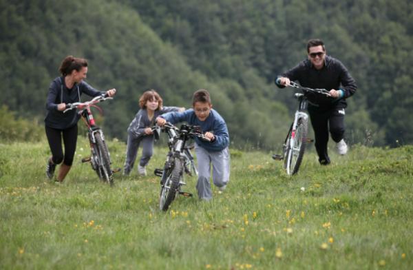 Porodični odmor na krovu Srbije