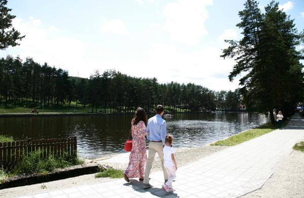 Letnji odmor u Moni