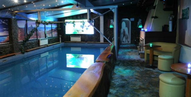 Zatvoreni bazen - Klub Satelit, Zlatibor