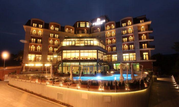 Premier Aqua hotel