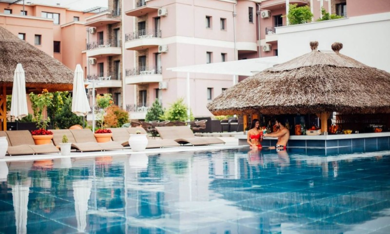Solaris Resort - Bazen sa tropskim barom 4