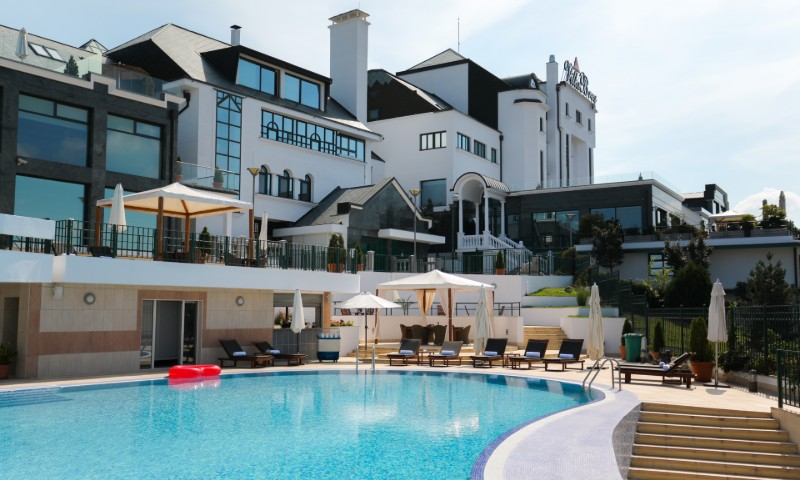Villa Breg - Hotel i bazen