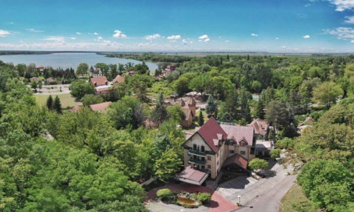 Hotel Palic Resort i jezero Palic