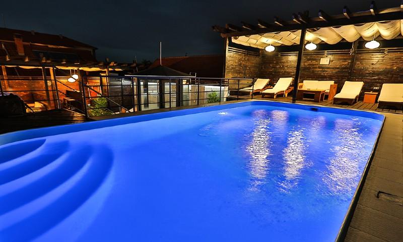 Hotel Zen - Otvoreni bazen na krovu