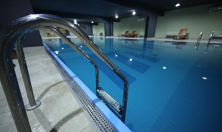 08_Zepter-Hotel-Vrnjacka-Banja_Deluxe-Swimming-Pool