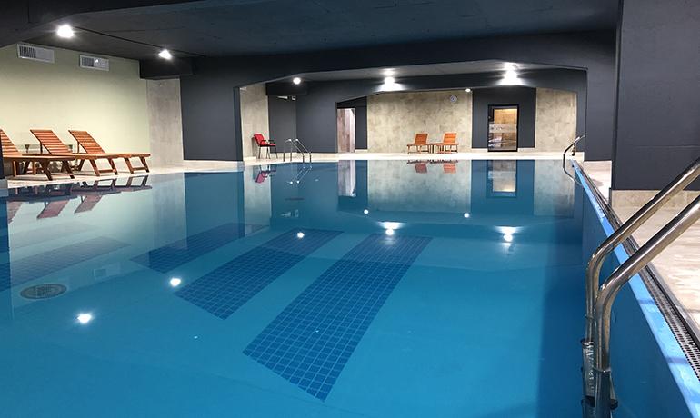10_Zepter-Hotel-Vrnjacka-Banja_Deluxe-Swimming-Pool